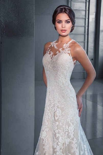 Прямое свадебное платье от Love Bridal London 2015