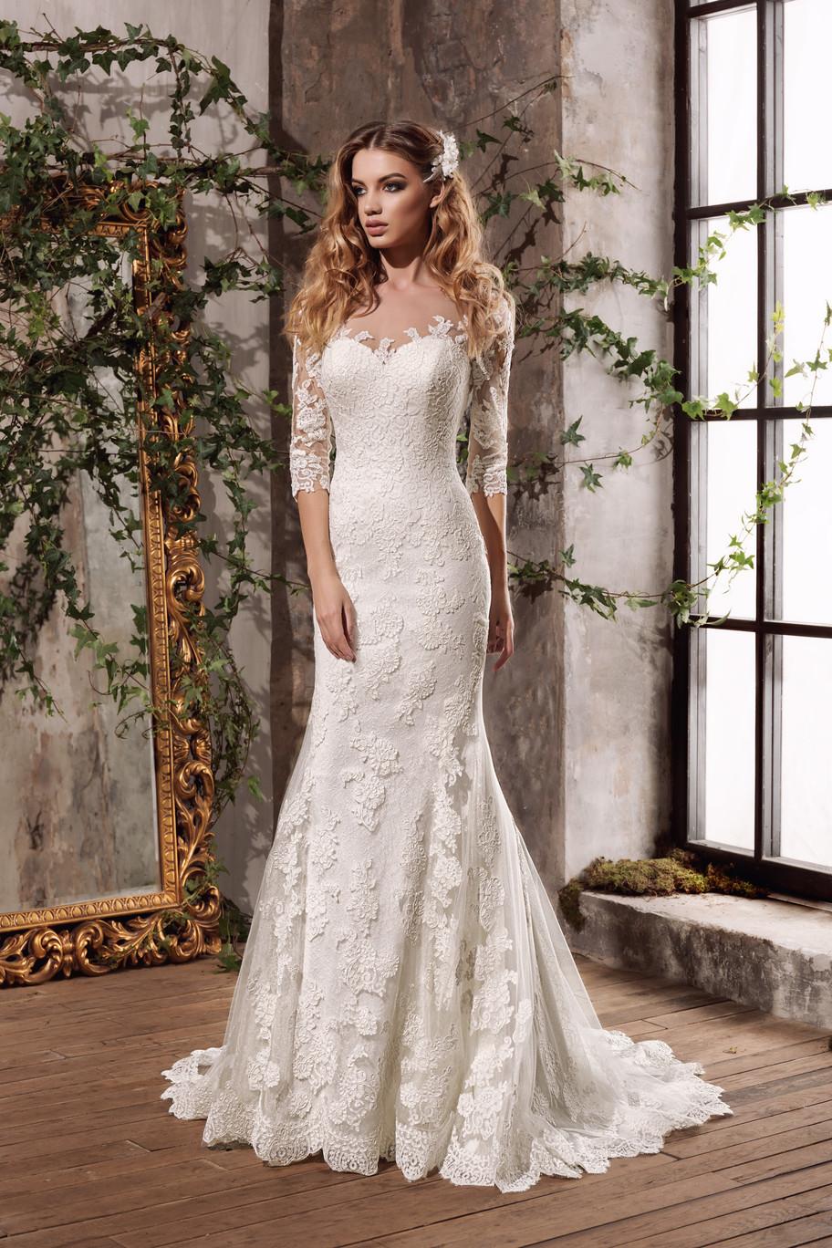 Свадебное платье BLUMA коллекции Essence